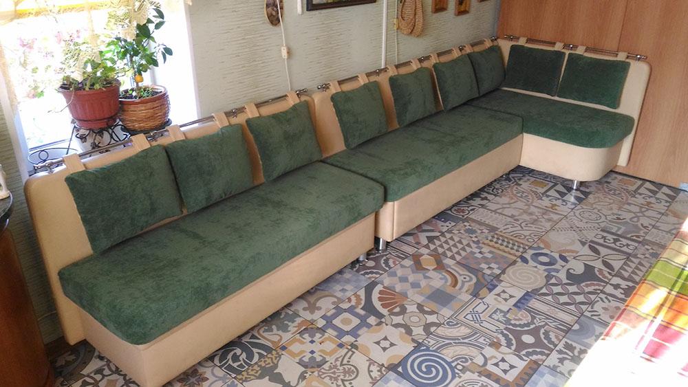 Обивка мебели на заказ